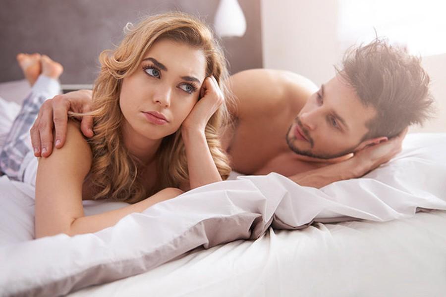 Жёлтые карточки или Чего не дамы могут терпеть в постели